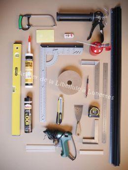 materiel-necessaire-pour-fabriquer-un-meuble-en-carton