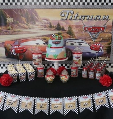 table-anniversaire-deco-cars-sweetkate